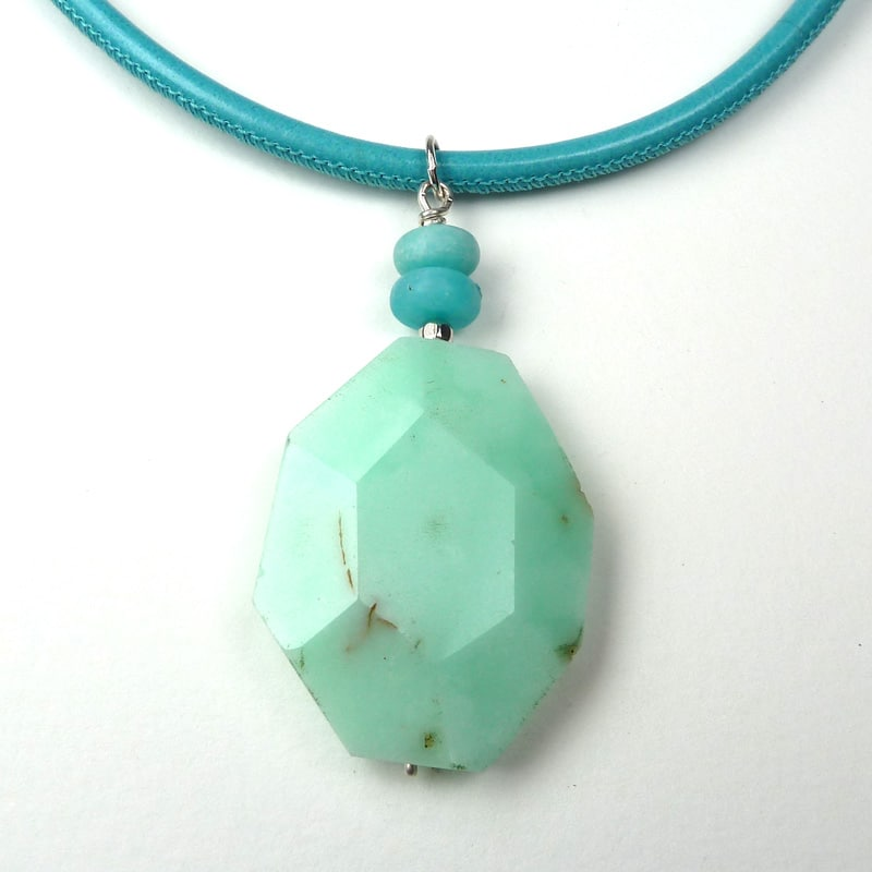 Green gemstone pendant.