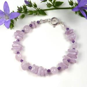 Lilac-pink gemstone bracelet