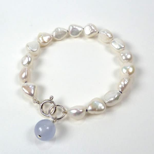 Pearl and chalcedony bracelet