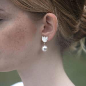 Tulip Earrings - Pearl